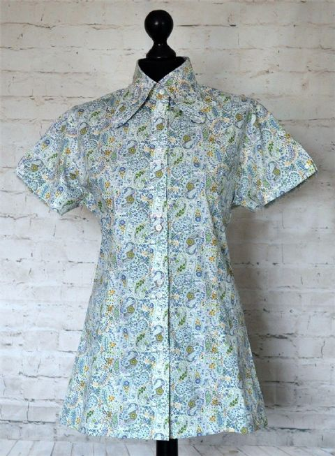 """TESSA"" WOMEN'S SHORT SLEEVE FITTED GREEN FLORAL PAISLEY SHIRT  - TESSA#24"